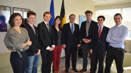 La délégation franco-canado-belge reçue par le Consul général de Belgique à Montréal, M. Karl Dhaene
