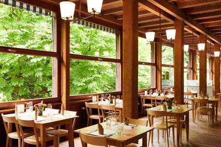 À la carte-Gaststube des familienfreundlichen Tierpark-Restaurants