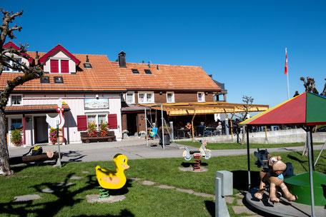 kinderfreundliches Restaurant Eischen mit Spielplatz