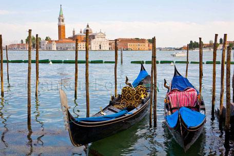 Gondeln in Venedig/ITALIEN