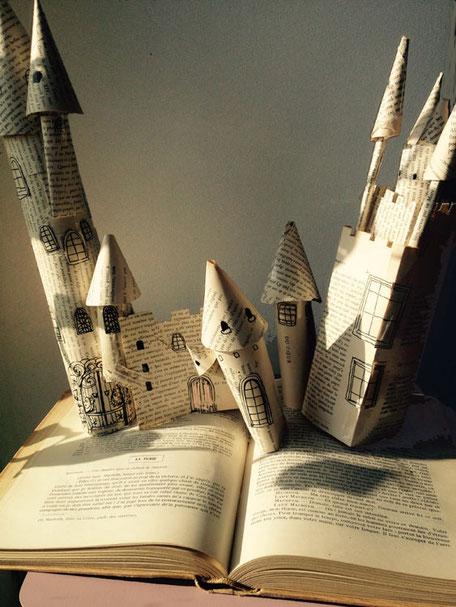 activité enfant,chateau de papier