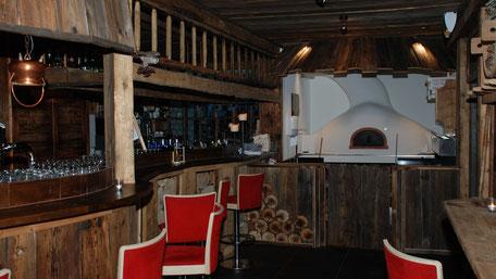 Pizzaöfen-holzbefeurt-für-Pizzerien-und-Gastronomie