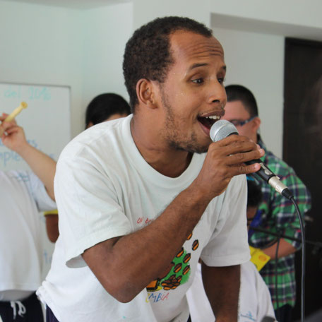 Singen in Fundacion Amadeus Kolumbien direkt e.V.