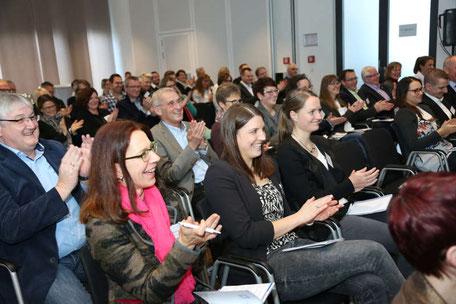 Zufriedene Teilnehmer bei der REVITALIS Fachtagung