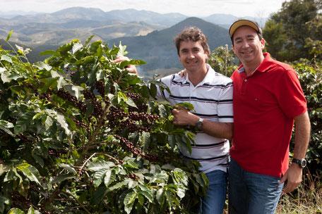 Walter & Ednilson auf Ihrer Farm in Brasilien