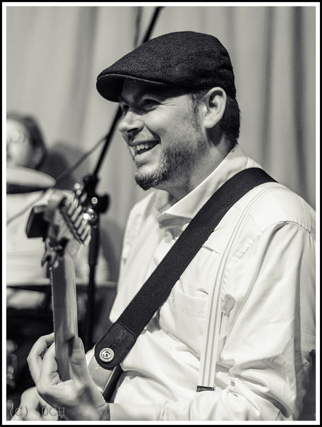 Martin Bammler - Lead Gitarre/Backing Vocals