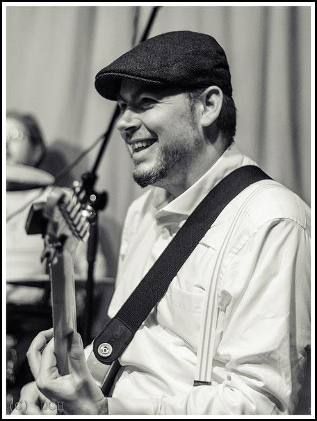 Martin Bammler - Lead Gitarre/Backing Vocals