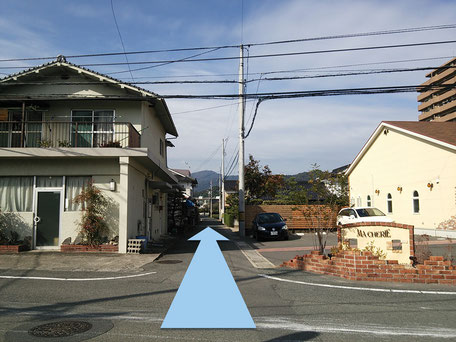 経路説明④★の交差点。細い道なので、見逃さないでくださいm(__)m