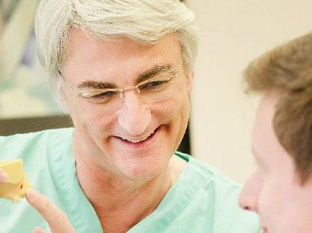 Dr. med. dent. Msd Hans-Dieter John