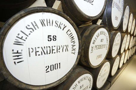 Whisky Fässer - Perderyn Distillery