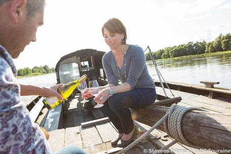 VinoLoire - Vincent Delaby - Excursions privilégiées dans les domaines vignobles du Val de Loire - Visites insolites et dégustations sur la Loire ©Stevens Frémont - ADT Touraine