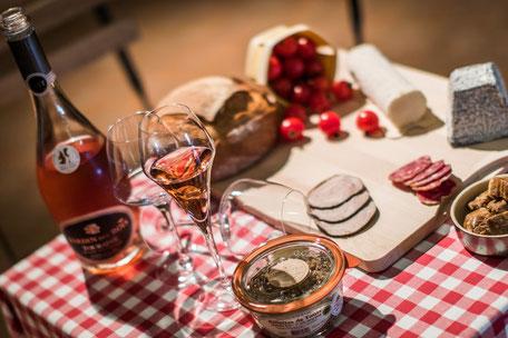 VinoLoire - Vincent Delaby - Excursions privilégiées dans les domaines vignobles du Val de Loire - Visites accompagnées et expériences selon votre temps