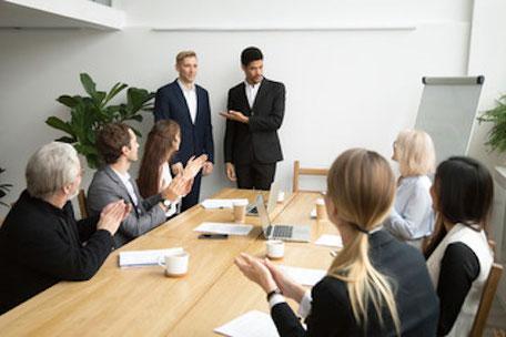 onboarding salarié - l'intégration des collaborateurs - l'intégration des nouveaux collaborateurs - réussir l'intégration nouveaux collaborateurs entreprise - parcours intégration nouveau collaborateur - processus integration nouveau collaborateur