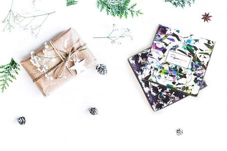 infinity-loop-scarf-christmas-present