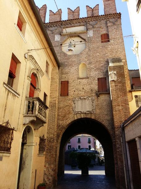 Porta san bortolo, Cinta Muraria