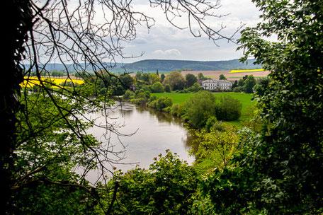 Blick auf den Weserbogen mit dem Rittergut Ohr