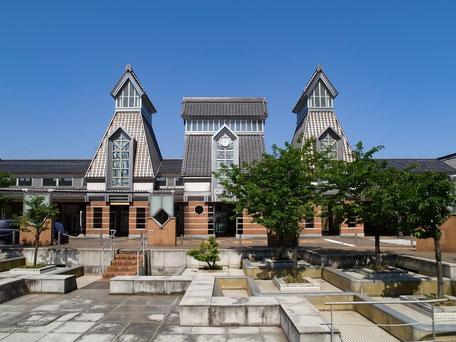 上越高田駅前の画像
