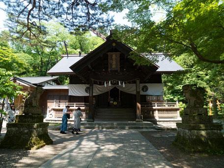 奈良の春日大社の分霊が祀られる春日山神社の画像