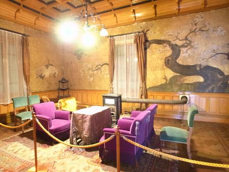 無鄰菴の離れの洋館にある『無鄰菴会議』が行われた部屋の画像