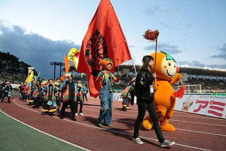 FC岐阜の試合で柿をPR