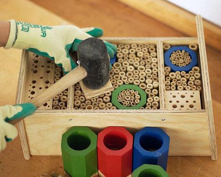 Wildbienen Nisthilfe aus den Werkstätten Bern