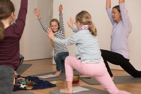 Yoga Grundschulkinder Kinder