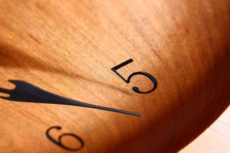 壁掛け時計 ウォールクロック 木 時計 ナチュラル ぬくもり デザイン 美しい 飛騨高山