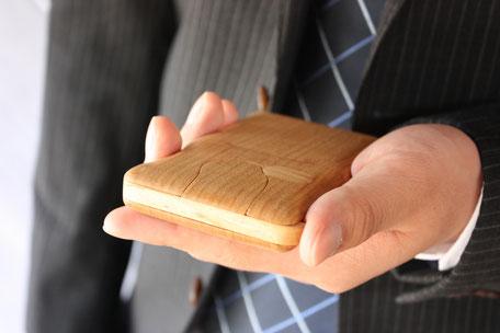 名刺入れ カードケース 木 ぬくもり 名刺交換 インパクト 飛騨高山