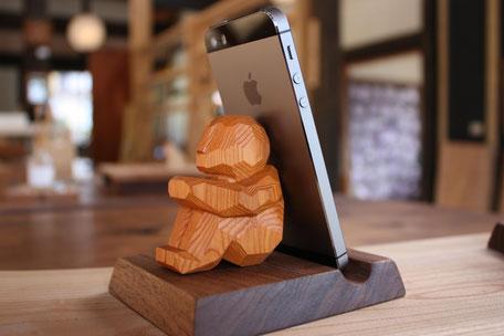 携帯忘れなスタンド ヨリソウ 一位一刀彫 飛騨高山 伝統工芸