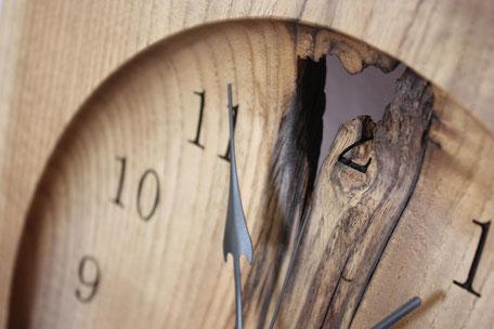 壁掛け時計 ウォールクロック 木 時計 ナチュラル ぬくもり 唯一無二 飛騨高山