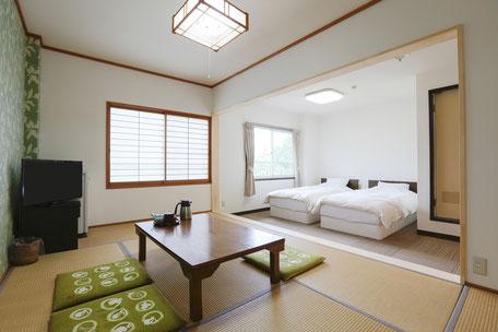 【禁煙】 202号室 和洋室ツイン 15㎡+7.5畳 (1~5名)