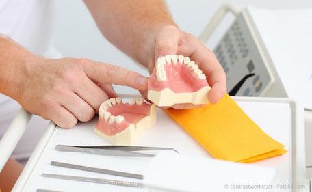 Individuelle Beratung in der Zahnarztpraxis Dr. Peter Keßler