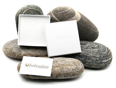 Geschenketui Holzsalon für Kettenanhänger aus Edelholz
