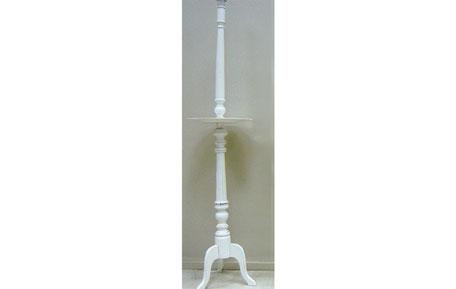 Lámpara de pie de madera blanca con bandeja