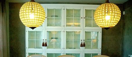 Apliques pared, lámparas pie, sobremesa y techo, pantallas, ventiladores de techo