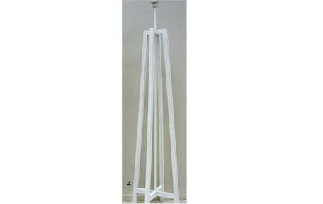 Lámpara de pie trípode de madera blanca