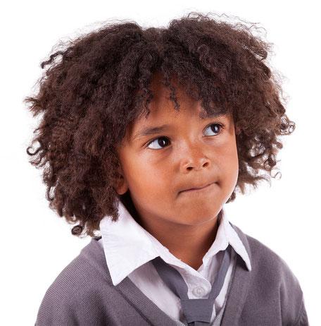 Kind fragt was die Schulsozialarbeit in Geldern ist