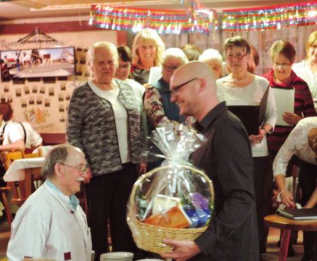 Die Sängerfreunde Leerstetten wünschen Simer noch viele gesunde und schöne Jahre!