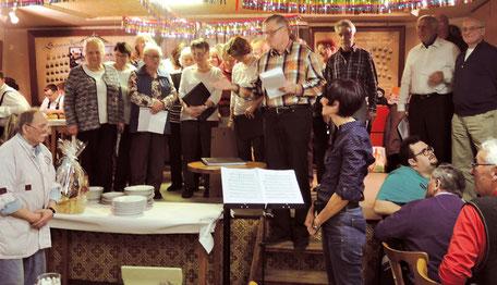 Simers Geburtstagsfeier: Die Sängerfreunde gratulieren zum 70. Geburtstag