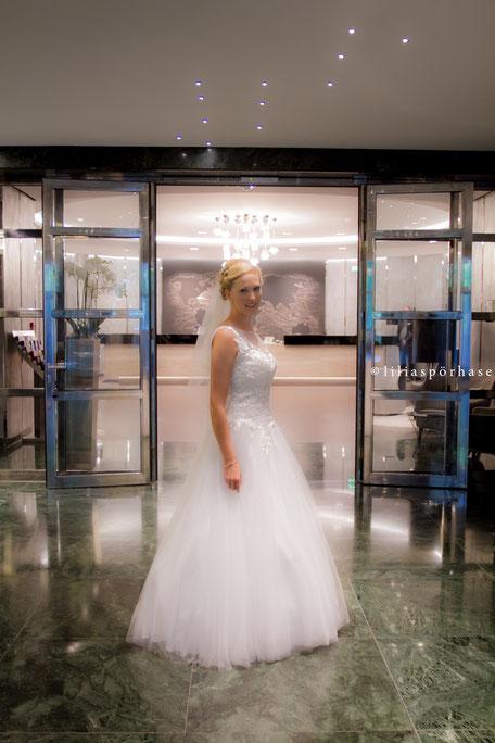 Braut, le meridien hotel, Lobby, Hamburg, liliaspoerhase, Hochzeit