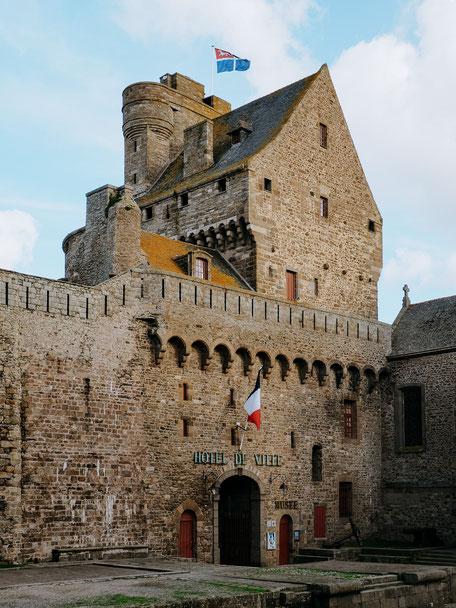 Mairie, Town Hall, Ramparts, Saint-Malo, Bretagne, Brittany