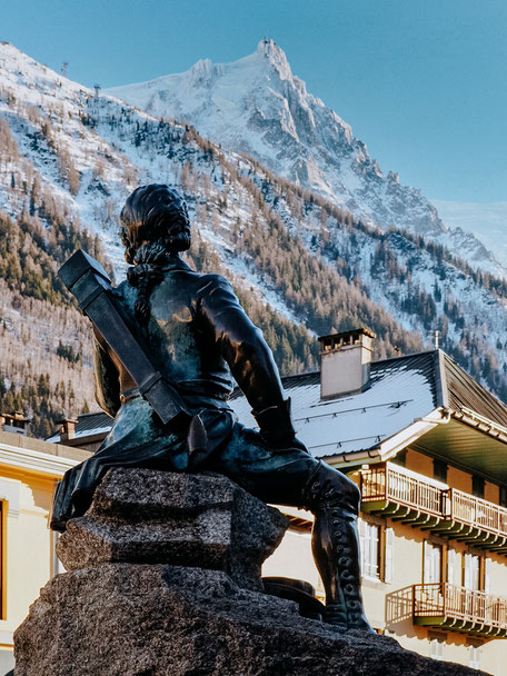 Statue of Michel Pacard in Chamonix (French Alps, Alpes françaises)