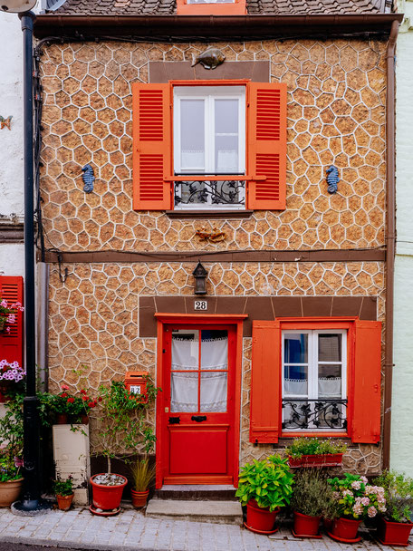 Colorful house located in the Rue des Moulins