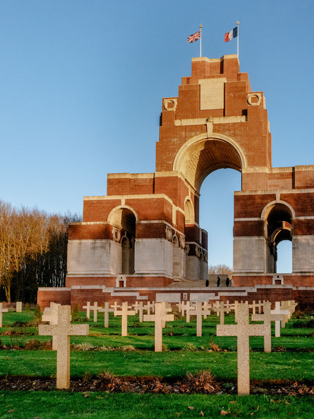 Thiepval Memorial, Thiepval Museum (WWI Somme Battlefields)