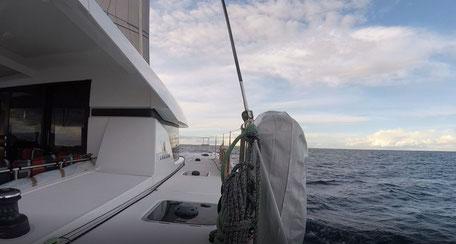 Segelperfektion mit Code Zero, Katamaran Atlantik segeln, Katamaran Segeltörn Mittelmeer, Katamaran Segeltörn Atlantik, Katamaran Hochseesegeln, Aktiv Mitsegeln, Katamaran Mitsegeln Segeltörn,  Katamaran Atlantiküberquerung