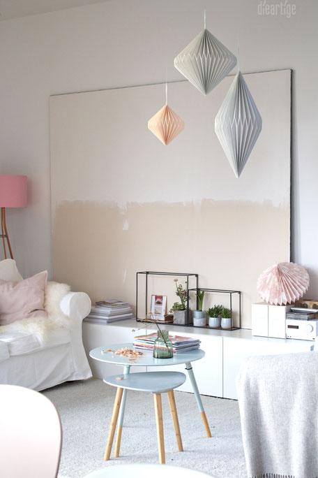 dieartigeBLOG - Leichte Papierdeko, Frühlingsdekoration in Weiß, Rosè und Grau