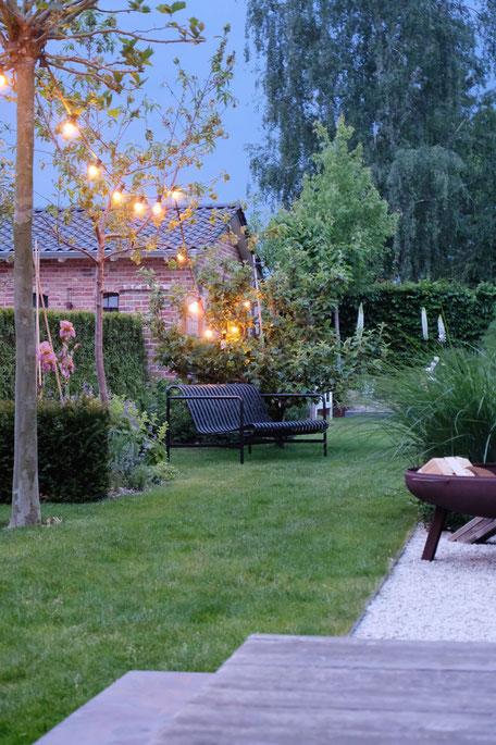 dieartige // #fridaysforfutureathome - Exterior, auch im Garten kann man nachhaltig vorgehen; hier wurde auf die Qualität der Gartenmöbel Wert gelegt + damit auf ihre Nachhaltigkeit / Beständigkeit
