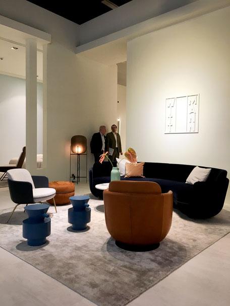 dieartigeBLOG - IMM 2019 - Sitzen in runden Formen