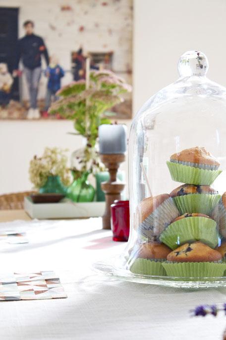 dieartigeBLOG - Muffins unter der Glashaube