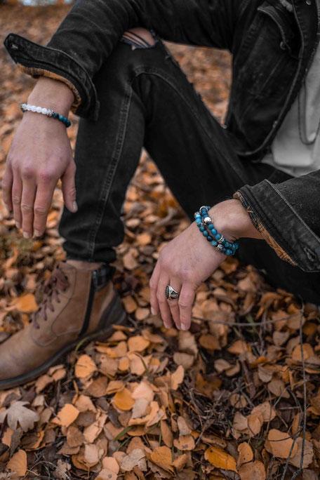 BEHERO Designer Armband aus türkisblauem Apatit getragen von Sasha Sasse